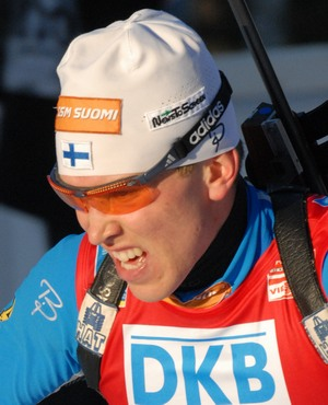 Norjalainen Ole Einar Björndalen oli tänään Östersundin MM-kilpailujen toisen kilpailupäivän miesten takaa-ajokilpailun kiistaton kuningas. - antila_timo_10022008